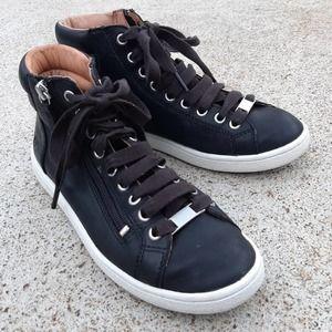 "UGG ""Olive"" High-Top Sneaker Black Womens 6.5"
